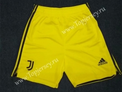 2020-2021 Juventus Goalkeeper Yellow Thailand Soccer Shorts-418