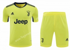 2020-2021 Juventus Goalkeeper Yellow Thailand Soccer Uniform-418
